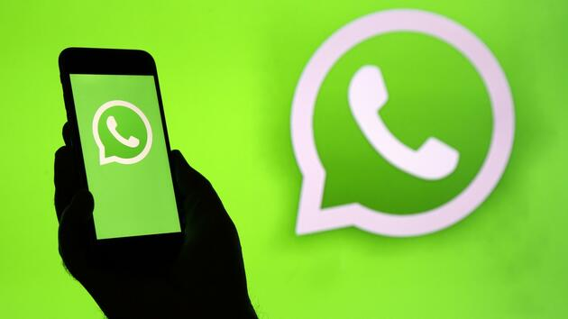 Application de surveillance WhatsApp